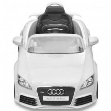 Coche de juguete con mando blanco modelo Audi...
