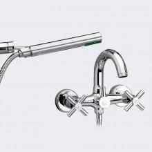 Baño con accesorios ducha CALA